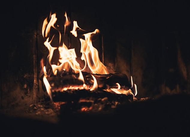 bild på eld från Salt & Sill